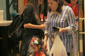 Heroína! Vestida de Homem-Aranha, filha de Deborah Secco rouba cena em passeio