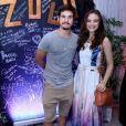 Juliana Paiva vai à festa de Rafael Zulu acompanhada de Nicolas Prattes