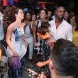 Juliana Paiva se diverte com Rafael Zulu e a filha do ator, Luiza