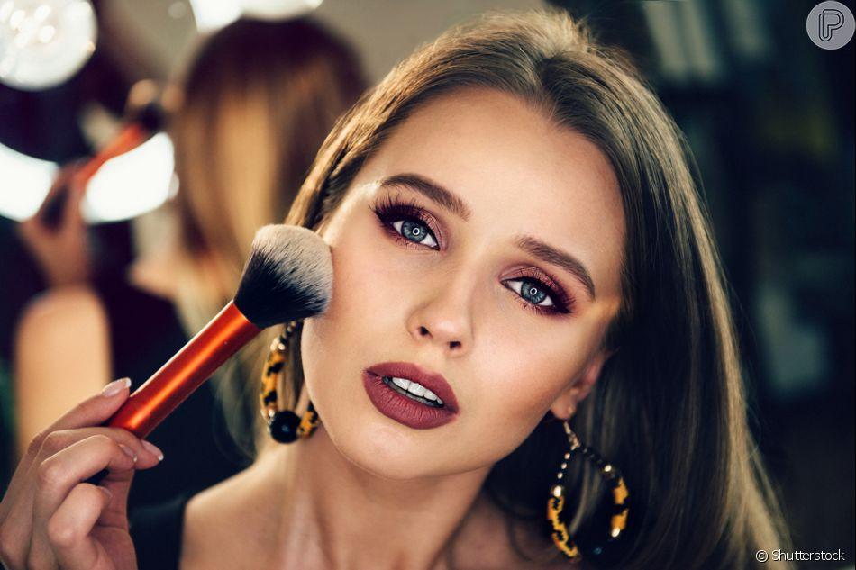 Aprenda 10 dicas para não errar na maquiagem com um expert da Vult Cosmética