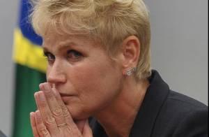 Xuxa pede para fãs rezarem por sua mãe, Dona Alda: 'Não acordou hoje'