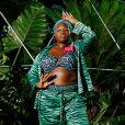 Semana de Moda de Nova York: look da Savage x Fenty em animal print de fundo colorido