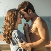 Nicolas Prattes comenta 1ª transa do casal Samurocas: 'O olhar da Ju me ajuda'