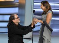 Pedido de casamento no palco do Emmy Awards 2018 movimenta web. Veja o vídeo!