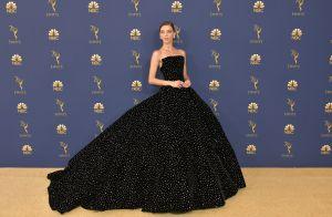 Cores vibrantes e outras trends nos looks das famosas no Emmy Awards
