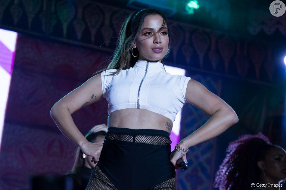 Jurada no 'La Voz', Anitta compra apartamento no México