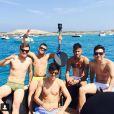 Gil Cebola, Alvaro Costa e Jô Amâncio são amigos inseparáveis de Neymar