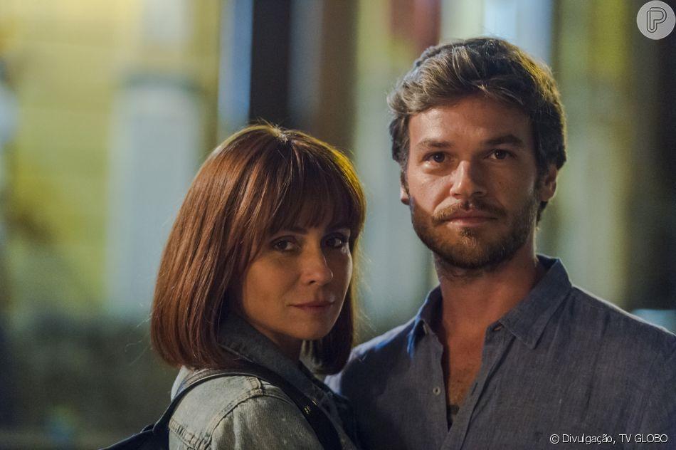 Beto (Emilio Dantas) não acredita em Luzia quando a moça fala que viu Remy, na novela 'Segundo Sol'
