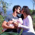 Bella é a primeira filha do casal Débora Nascimento e José Loreto