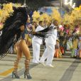 Sabrina Sato desfila pela Unidos de Vila Isabel na noite desta segunda-feira (11), depois de desfilar pela Gaviões da Fiel na noite de sexta-feira (9)