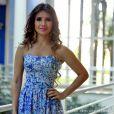 Vestidos mais básicos fazem parte do look dia a dia da cantora Paula Fernandes