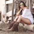 Botas e acessórios fazem parte do guarda-roupa de Paula Fernandes