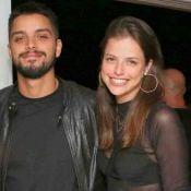 Agatha Moreira fala de relacionamento com Rodrigo Simas: 'Não queremos rotular'
