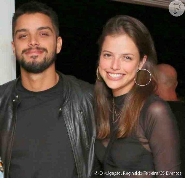 Agatha Moreira dispensou rótulo em relação com ator Rodrigo Simas