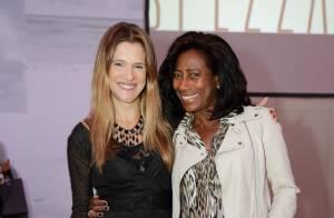 Glória Maria e Ingrid Guimarães prestigiam desfile de moda no Rio