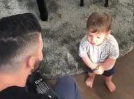 Gusttavo Lima canta e toca violão para o filho Gabriel: 'Muita fofura'. Vídeo!
