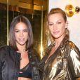 Bruna Marquezine se encontrou com Gisele Bündchen em evento da Rosa Chá, em Las Vegas, nos EUA, e chamou atenção pela barriga trincada, nesta sexta-feira, 2 de novembro de 2018