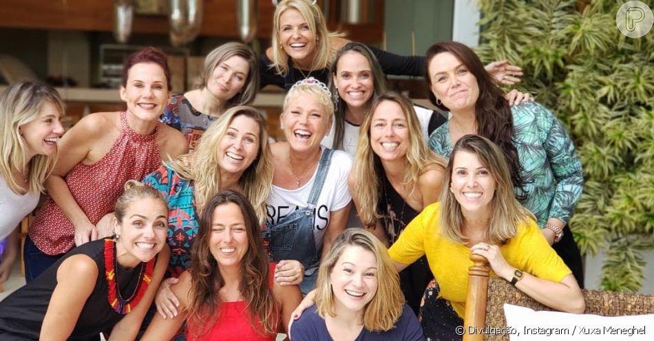 Xuxa Meneghel reúne ex-paquitas em foto, em 4 de novembro de 2018