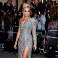 Rita Ora usa vestido da grife  Zuhair Murad no GQ Men Of The Year Awards