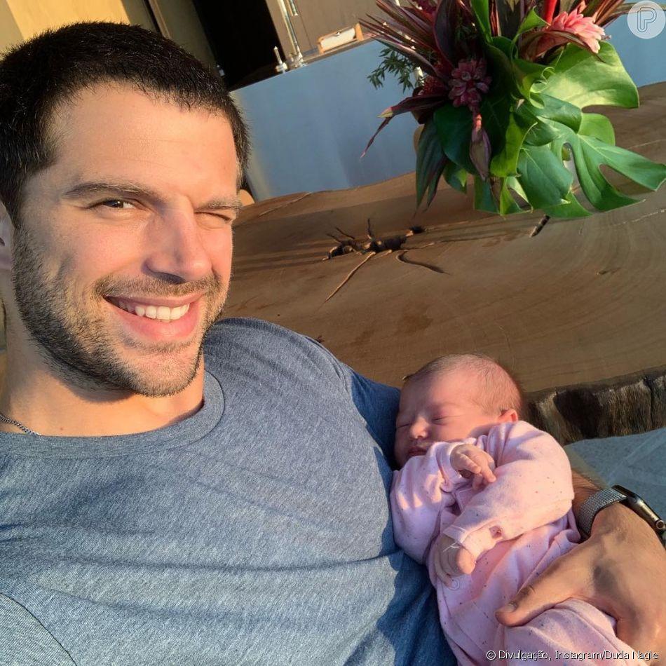 Duda Nagle posta selfie com a filha, Zoe, e Sabrina Sato se declara nesta quinta-feira, dia 20 de dezembro de 2018