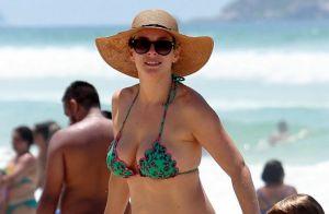 Regiane Alves curte domingo de sol com os filhos na praia: 'Verão'