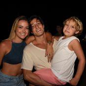 Em Noronha, Carol Dantas vibra ao ver Davi Lucca surfar: 'Mãe gritando? Temos'