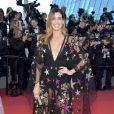 Camila Coutinho: transparência no 70º Cannes, em maio de 2017