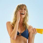 Os 5 itens de beauté que não podem sair da bolsa de praia no verão