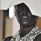 Paris Fashion Week: O emocionante retorno de Balmain à Alta-Costura!