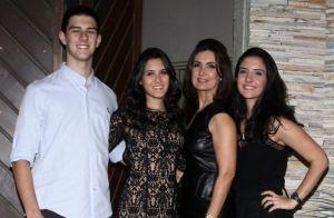 Fátima Bernardes chama atenção de fãs em foto com filhos trigêmeos: 'Irmãos?'