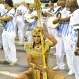 Gingado e com samba no pé! Lívia Andrade se prepara para o Carnaval 2019 e desfila à lá Cleópatra em ensaio técnico da escola de samba de São Paulo na noite de sábado, 02 de janeiro de 2019
