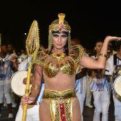 Lívia Andrade fica 'morena' para ensaio técnico de carnaval vestida de Cleópatra