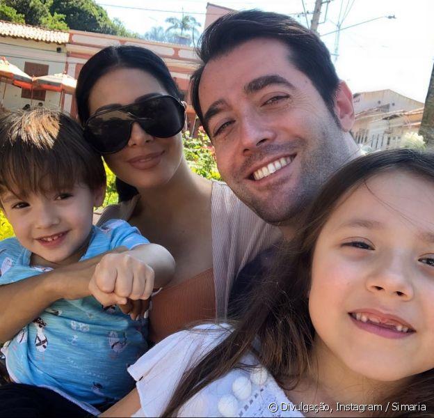 Dupla de Simone, Simaria posou com o marido e os filhos nesta quarta-feira, 6 de fevereiro de 2019