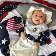 Betsy Ross, apontada como a primeira mulher a produzir uma bandeira norte-americana, também apareceu na série de retratos