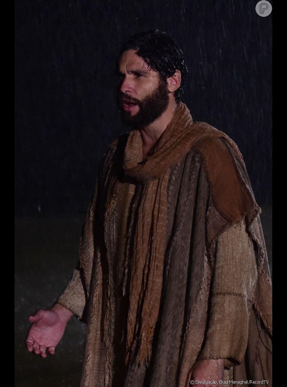 Jesus (Dudu Azevedo) conta que vai ser condenado à morte, mas voltará à vida três dias depois no capítulo de quarta-feira, 27 de fevereiro de 2019 da novela 'Jesus'
