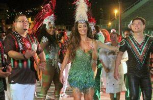 Juliana Paes volta a ser musa em camarote após mudança em gravação: 'Animada'