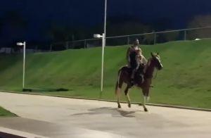 Andressa Suita filma Gusttavo Lima em cavalo com filho Gabriel: 'Vê se aguento'