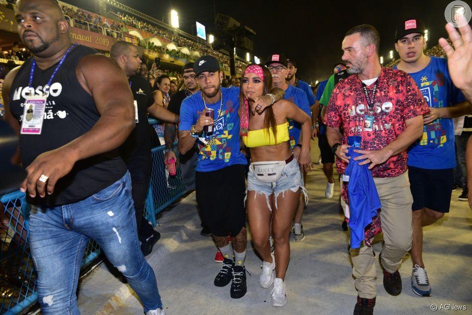 Anitta e Neymar juntos no Carnaval vira notícia e repercute na imprensa internacional
