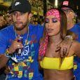 Anitta e Neymar estiveram juntos no Nosso Camarote, na Marquês de Sapucaí, nesta segunda-feira, 4 de março de 2019