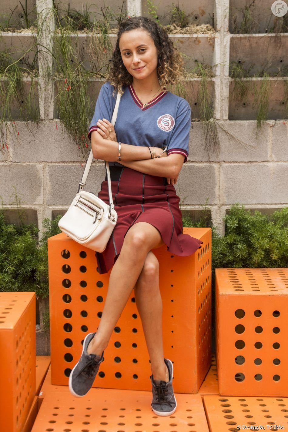 Joana Pelada alice milagres, de 'malhação', posta foto nua e é elogiada