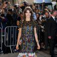 Laura Neiva foi a Paris para conferir o desfile da grife Chanel nesta terça-feira, 30 de setembro de 2014