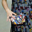 Detalhe da bolsa Chanel da atriz Laura Neiva. Luxo!