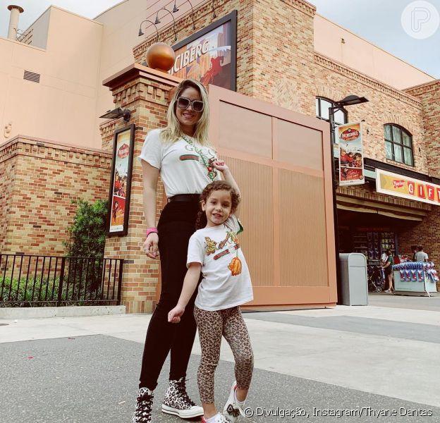 Gucci girls! Thyane Dantas e filha, Ysis, combinam looks grifados nos EUA em foto postada nesta terça-feira, dia 12 de março de 2019
