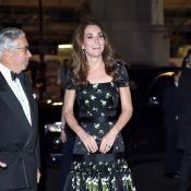 É chique repetir! Kate Middleton customiza vestido McQueen usado em 2017