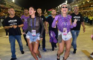 #TBT! Bruna Marquezine recorda momentos e looks do Carnaval: 'Amor e alegria'
