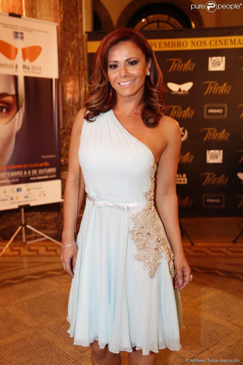 Viviane Araújo prestigia pré-estreia do filme 'Trinta' no Festival do Rio, em 1 de outubro de 2014
