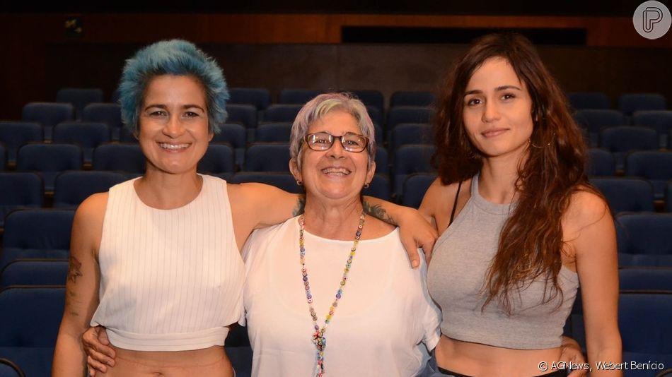 Nanda Costa exibiu novo visual durante show da namorada, Lan Lanh, no Centro Cultural Banco do Brasil nesta quarta-feira, 20 de março de 2019