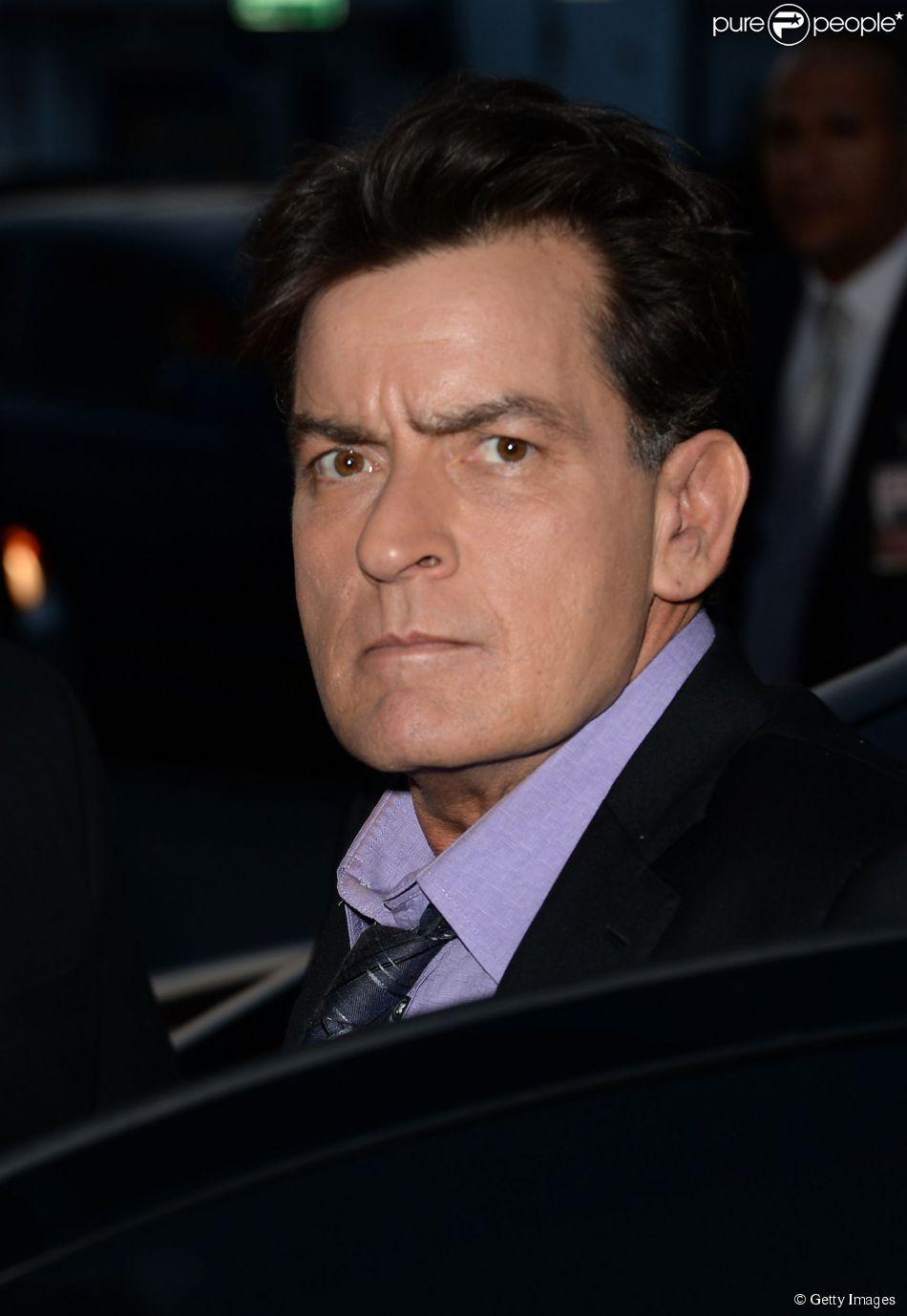 Charlie Sheen teria atacado dentista com uma faca durante consulta em Los Angeles, nos Estados Unidos, diz site