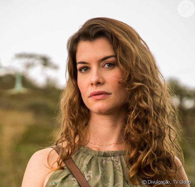 No último capítulo da novela 'Espelho da Vida', Isabel (Alinne Moraes) morre por conta do espírito obsessor de Felipe (Patrick Sampaio). Em um outro final, a vilã acaba presa