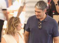 William Bonner e a mulher, Natasha Dantas, fazem compras em shopping do Rio
